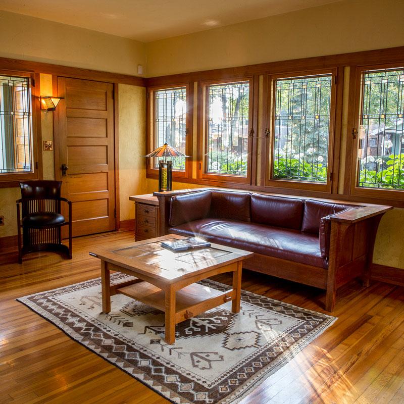 Gardener's Cottage Couch